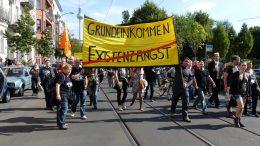 Demonstration für das BGE in Berlin im Jahr 2013